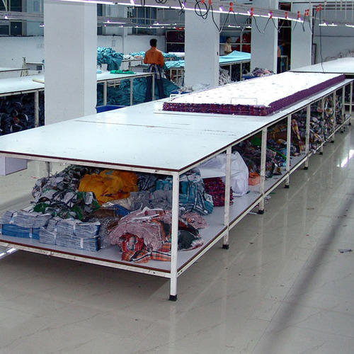 Fabric Cutting Table, Size: 2400 X 1800 X 900 Mm