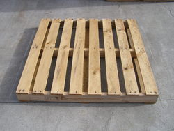 Brown Heat Treated Pallets