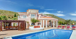 Swimming Pool Rental Villas