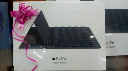 76450149000 Wholesaler of Smart Keyboard & Apple Mobile Cover by Royal Mobiles ...