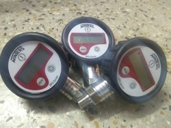Winters Digital Pressure Gauge 0 to 250 Bar