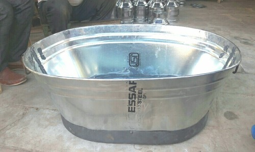 Mustcool Water Tub Ship Shap, Size/Diameter: 4 inch
