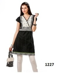 Ladies Casual Wear Tunic Kurti