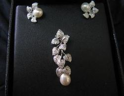 Polki Diamond Pearl Pendant Set