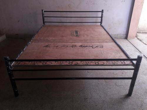 best service 5273b c1925 Wrought Iron Queen Size Cot