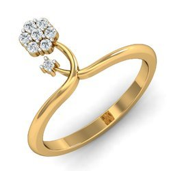 Flower Shape Gold Diamonds Ring