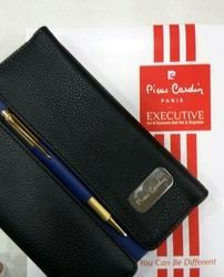 Pierre Cardin Executive Set