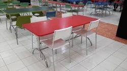 Maruthi企业自助餐厅椅和桌子