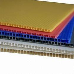 UPP-Rajkot 4.0 mm Plastic Flute Sheet, Pack Size: standard , Packaging Type: Packing With Plastic Rufia