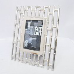 Modern Style Photo Frame