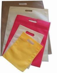 D-Cut Plain Non Woven Bags