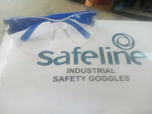 Male Safeline Safety Goggles