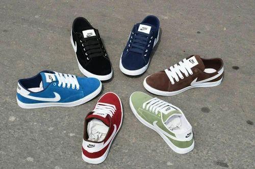 nike a rs 1299 / coppia nike scarpa moda passione negozio