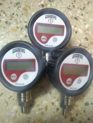 Winters Digital Pressure Gauge 0 To 700 Bar