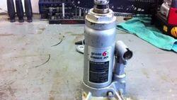Hydraulic Jack Repair & Servicing