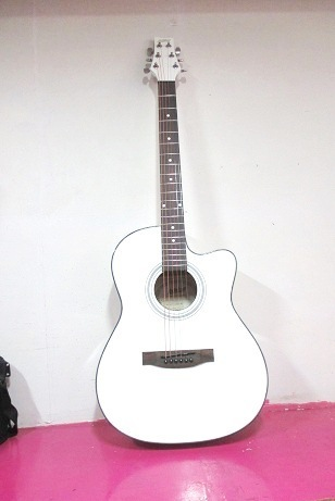 New Ashton Brand Guitar In White Color At Rs 6200 Piece Acoustic