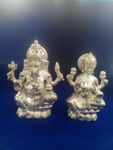 Silver Ganpati And Laxmi Murti च द क भगव न क