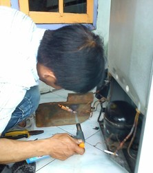 Refrigerator Repair And Service, Capacity: 200 To 400 L