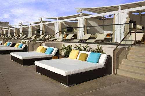 Pool Side Bed & Pool Side Bed at Rs 95000 /unit | Poolside Lounger | ID: 6427300612
