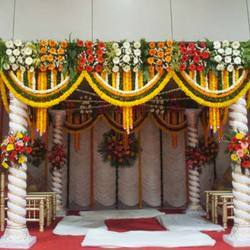 Flower Decoration Service, Floral Decoration - RNS Caterers, Tumkur ...