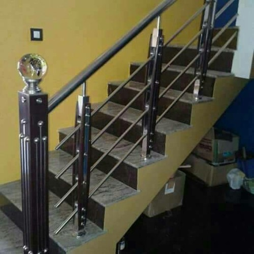 Wooden Baluster Stainless Steel Railing