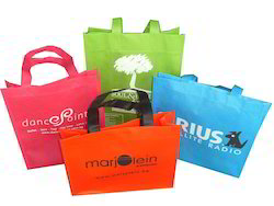 Printed Non Woven Bag, Thickness: 120 Micron, Packaging Type: Bundle