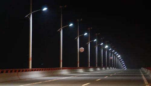 Single Arm Bracket Tubular Street Light Pole Lighting