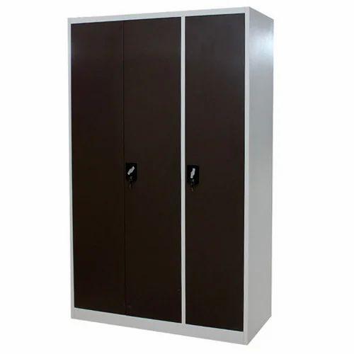 Design Of Steel Almirah In Bedroom