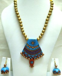Fancy Terracotta Necklace Set