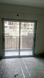 1 Track Sliding Window