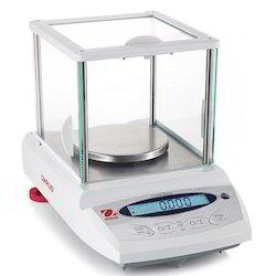 600 Carat Weighing Balance