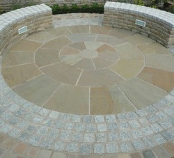Sandstone Circle Paving