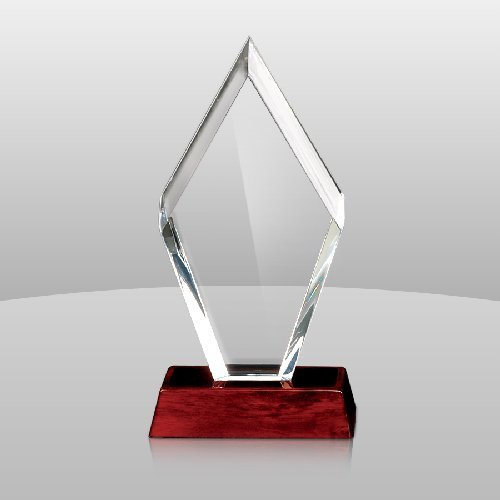 Glass trophy designs for cricket for How to design a trophy