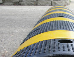 Heavy Duty Rubber Speed Breaker