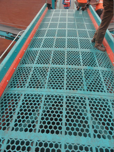 Iron Ore Vibrating Screen Made Of Abrex 500