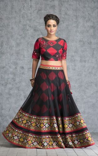 6129807271 Embroidered Million Dollar Red and Black Beauty Top Skirt at Rs ...