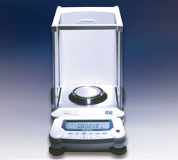 Shimadzu UniBloc Analytical Balances