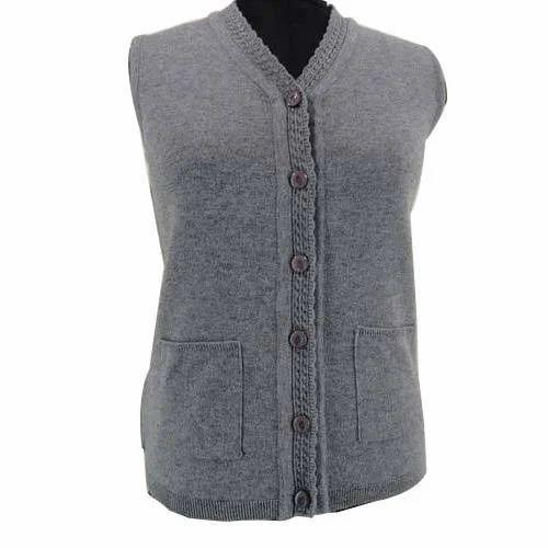772fdf4048d8 Ladies Half Sleeves Cardigan