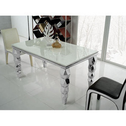 Guar Steels Stainless Steel Glass Dining Table, Size: 6 X 3 Feet, Shape: Rectangular