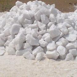 Grade: A -99.99 And B-- 99 Silica Quartz, 1 Mt Or Loose Packing