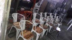 Cello Iron Chair