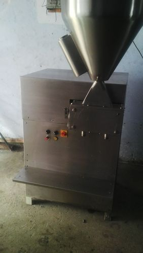 Fully Automatic Stainless Steel Gel Filling Machine, Capacity: 40 -45 Kg