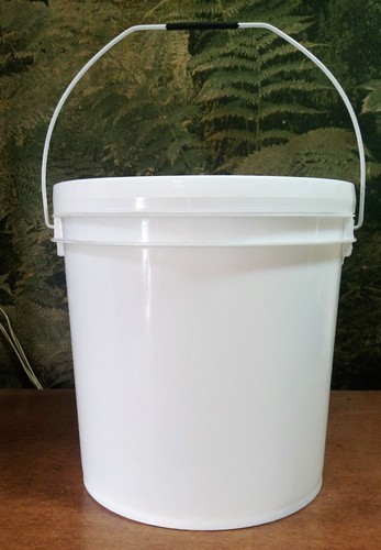 Plastic Bucket - Plastic Containers Manufacturer from Delhi