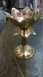 Kamal Stand