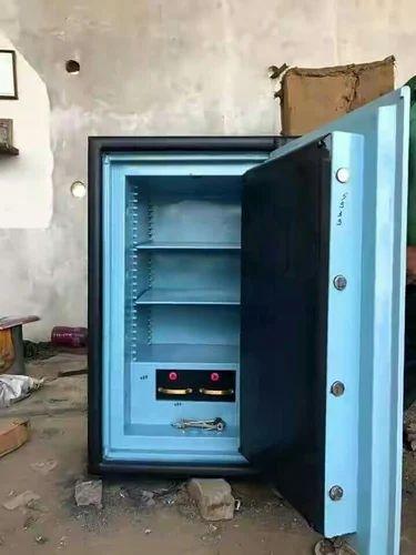 Star Bharat Safe Company, Khatu - Manufacturer of Safe Loker and