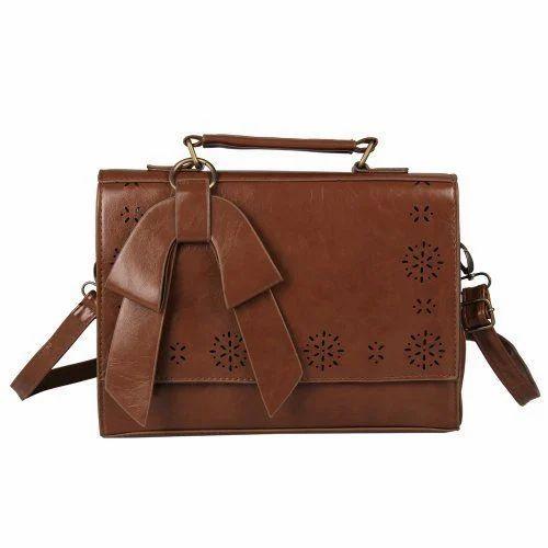 a15d5a2d391 Vintage Leather Ladies Bag