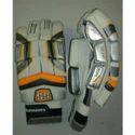 Strap Polyurethane Ss Dragon Cricket Batting Gloves, For Sports, Size: 6 X 6 X 3 Inch