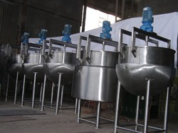 VED ENGINEERING Mixing Spherical Kettle, Capacity: Ss 304 / 316