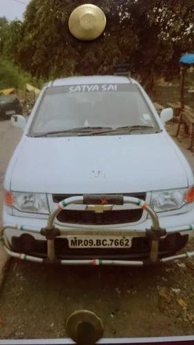 Tavera Car Rental In Indore Indore Id 11156856988