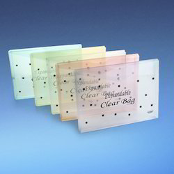 Data Taking Expandable Clear Bag Star Print